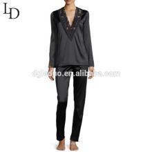 Las mujeres de cuerpo entero al por mayor de la manga larga negra de China fijaron los pijamas de seda adultos