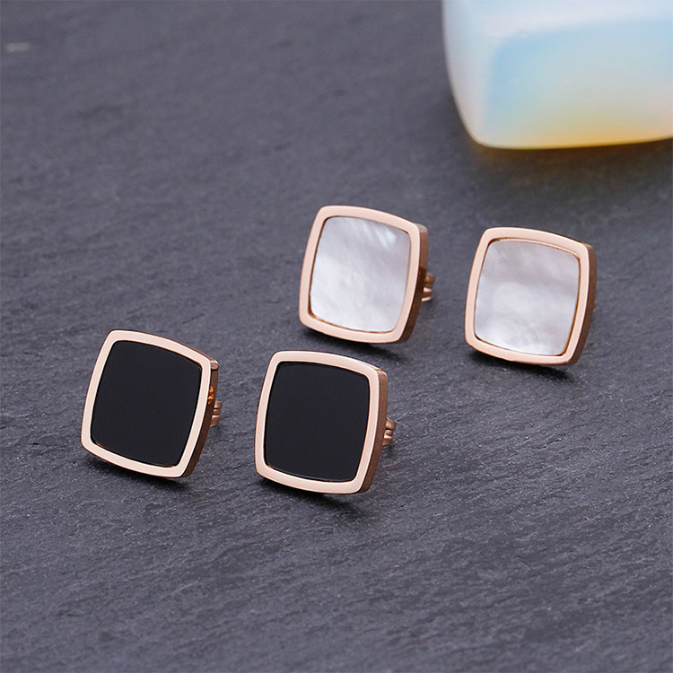 Ladies Stud Earrings