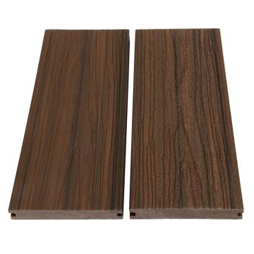 Decking en bois composite extrudé anti-dérapant