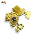 High quality metal gold plating crown badge
