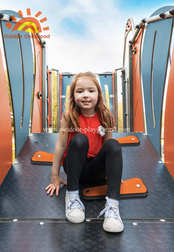Mutiplay Outdoor Plastic Climbing Slide Equipment Playground For Fun