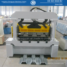 Machine de formage de métal au plancher