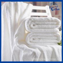 100% Cotton 800g Thick White Bath Towel (QHB0995b)