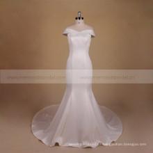 Más nueva manga del casquillo de satén vestido de novia de la boda