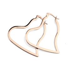Vente en gros de bijoux en or mode boucle d'oreille en alliage de zinc rose boucle d'oreille coeur en alliage de zinc