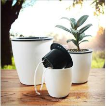 (BC-F1025) Пластиковый модный квадратный самоосуждающийся цветочный горшок с искусственным фарфором