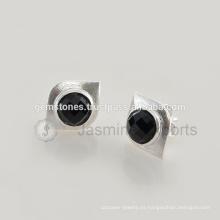 Venta al por mayor 925 pendientes de plata esterlina Natural Onyx Negro Gemstone pendientes en joyería bisel Fabricante
