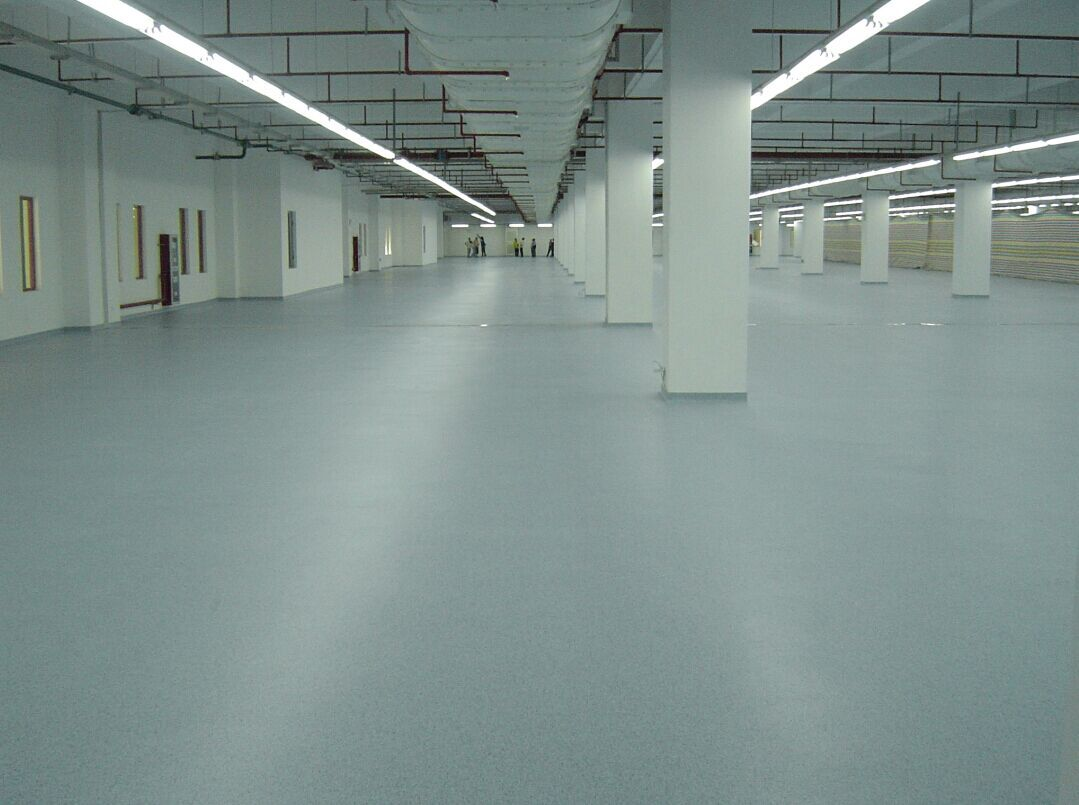 Light Gray Emery Floor