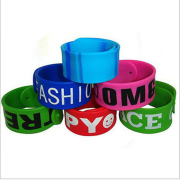 Whosale Customized Cheap Words Slap Silicone Band