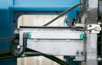plastic moulding machine price