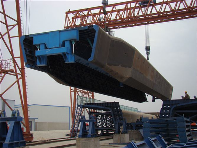 Hydraulic Box Girder For Dumper