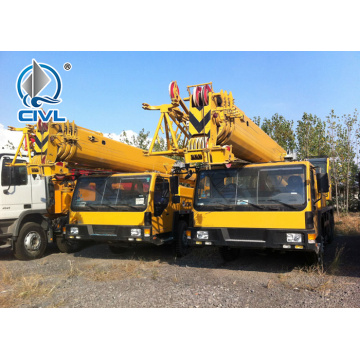 Camion grue XCT 55T marque XCMG