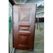 Puerta de seguridad de acero con relieve profundo