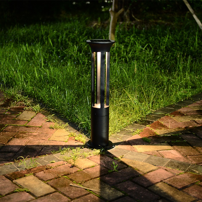 solar outdoor light black