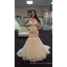 Echte Braut Fit und Flare Trendy Brautkleid