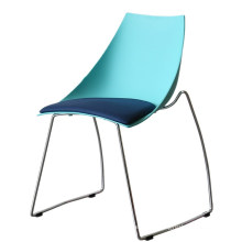 Wholesale cheap China hotsell stackable plastic metal cafe snack dining chair