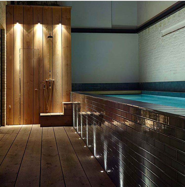 LED recessed underwater pool light