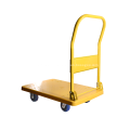 Camion à main jaune