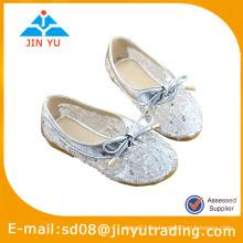 Zapatos de la bailarina de los niños 2014