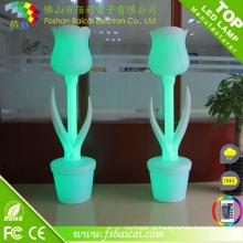 Vaso plástico da flor do diodo emissor de luz
