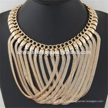 Brillant métal sens croix simple conception d'or chaîne collier