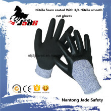 13G 3/4 Nitrile Sandy Finish avec Nitrile Smooth Coated Cut Resistant Safety Glove