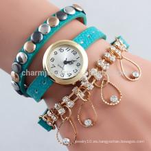 El reloj de cuero pendiente cristalino de la nueva manera envolvió tres relojes del cuarzo de los remaches de los círculos para las mujeres BWL013