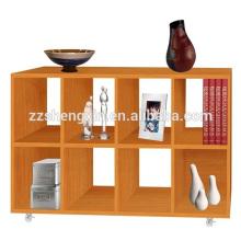 Gabinete de armazenamento de madeira vermelha com rodas para casa