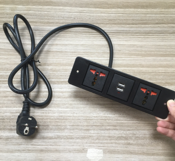 Small 2 Sockets Power Outlet with USB Ports