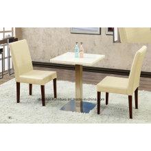 Holztisch und Stuhl für Esszimmer