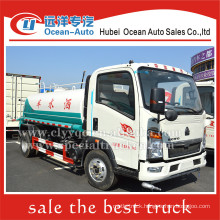 SINOTRUK HOWO 4000liter 4X2 small water tanker for sale