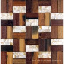 Painel de parede desigual do fundo da decoração interior do mosaico de madeira velho do barco