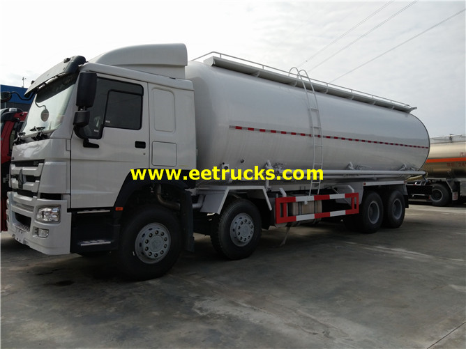 HOWO Bulk Pneumatic Delivery Trucks
