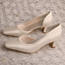 Ladies+2+inch+White+Ivory+Chunky+Heels+for+Wedding