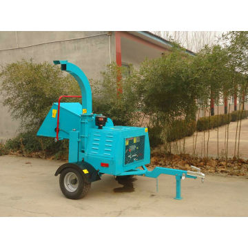 2014 CE approved DWC-18/22/40 mobile wood chipper factory direct sale