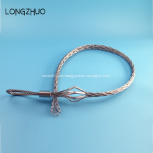 Kabel aus verzinktem Stahl, das die Kabelstrümpfe der Griffe zieht