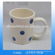 A azeitona Hot-selling projetou a caneca cerâmica da dolomite