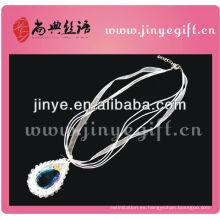 Joyería de ganchillo con cuentas blancas hechas a mano de Shangdian