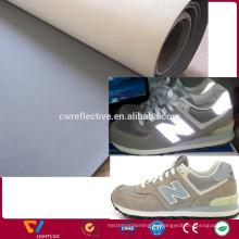 Изготовленный на заказ серебряный серый водонепроницаемый 0.6 мм износостойкость светоотражающие ПУ кожа ткань для шитья обуви