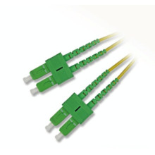 Cordon de raccordement à câble à fibre optique à chaud avec sc apc upc sm mm om3