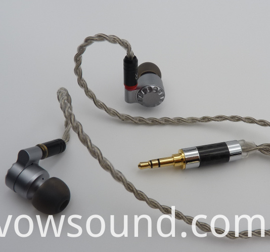 Hi-Res in-Ear Earphone