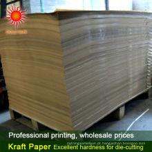 folhas de papel pardo