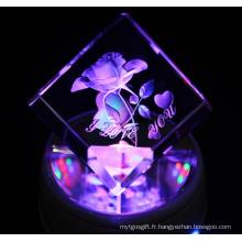 Favoris Comparer Approvisionnement d'usine K9 Crystal Cube En gros, Crystal Gravure Fleur Souvenir Cadeaux