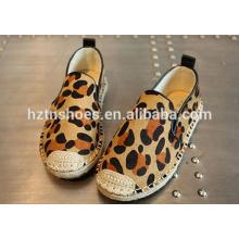 Мода детская обувь леопарда прохладно случайных обувь Espadrille
