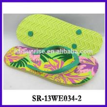 Light EVA women slippers beach slipper pvc slipper massager slipper