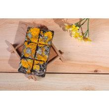 Chocolate Type PU Er Tea with Golden Chrysanthemum Flower Flavor in Gift Box