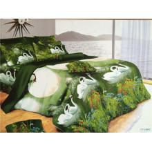 Un par de cisnes blancos que tienen un resto en los lagos verdes oscuros diseña la cama de la reina
