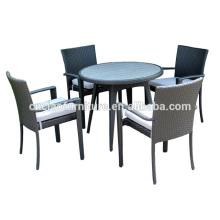 Ensemble de salle à manger en rotin de meubles de patio de 5 pc avec l'insertion en bois en plastique