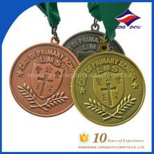 Оптовая цена и пользовательские начальная школа католическая медаль