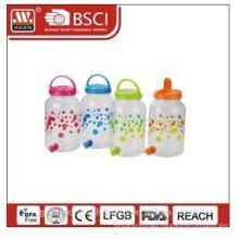 plastic beverage jug with faucet 4.4L